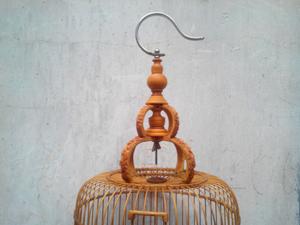 Lồng khuyên  đục chim hoa trúc cật