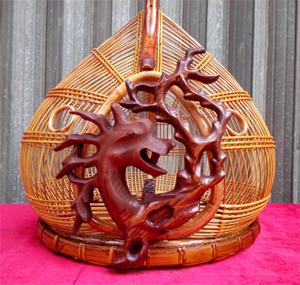 Lồng cu gáy quả đào cửa rồng gỗ